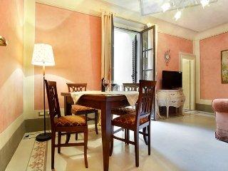 Guelfa Toscana apartment in Fortezza da Basso {#h…