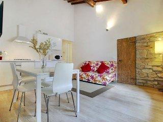 Ponte Vecchio apartment in Oltrarno {#has_luxurio…, Florenz