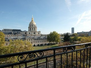 Dome des Invalides apartment in 07eme - Tour Eiff…