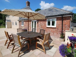 HOTCH Cottage in Sherborne, Ibberton