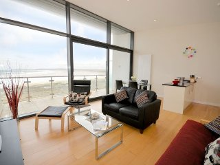 ATHEI Apartment in Westward Ho