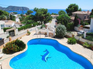 Villa Alessandra Luisa -large family villa with exceptional sea views