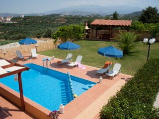 Majestic I Seaview Villa in Agia Marina Chania
