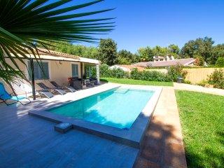 Lolita- Beautiful house w/pool in Crestatx, Sa Pobla