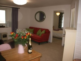 Brideshead. Luxurious retreat for 2 with pool, Pentewan