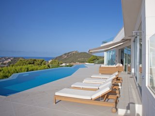 SUPERB LUXURY - Amazing Views & SPA, Port d'Andratx