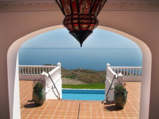 Special mountain - luxury AMANECER : 180osea views & 180o mountain views