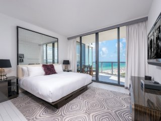 1 + Den Private Residence at W South Beach - 4171, Miami Beach
