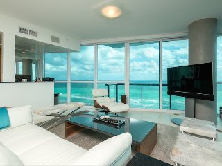 Private Residence 2/2 Full Ocean Unit 2208