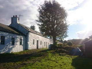 Nr. 1 Port Ramsay Cottage with Stunning Sea Views, Isle of Lismore