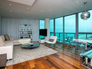 Setai Private Residence 2/2 Beachfront Unit 3804