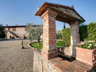 Farmhouse 4+2, Strada in Chianti