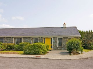 Kenmare, Kenmare Bay, County Kerry - 10496
