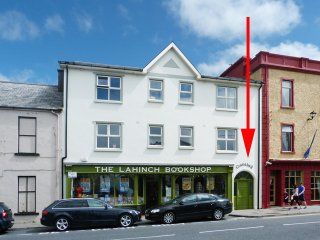 Lahinch, Seaside Resort, County Clare - 12581
