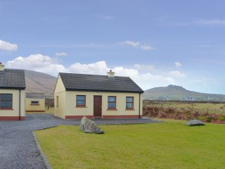 Ballyferriter, Dingle Peninsula, County Kerry - 14035
