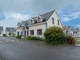 Fethard-On-Sea, Hook Peninsula, County Wexford - 15538