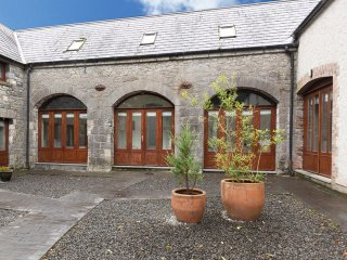 Collooney, nr Sligo Bay, County Sligo - 15897