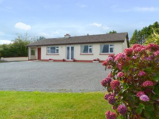 Redcross, Ballykissangel Country, County Wicklow - 4069