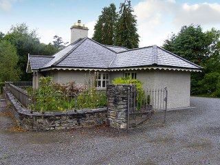 Kenmare, Ring of Kerry, County Kerry - 4779
