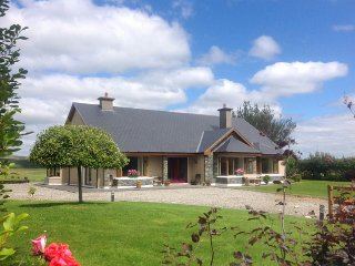Muckross, Lakes of Killarney, County Kerry - 5099