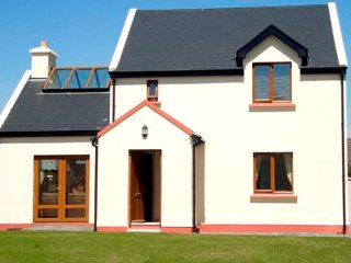 Sneem, Ring of Kerry, County Kerry - 7214