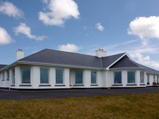 Clifden, Connemara, County Galway - 9484