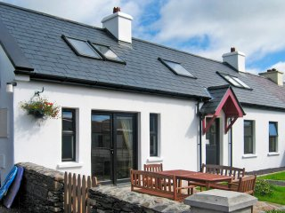 Annascaul, Dingle Peninsula, County Kerry - 9948
