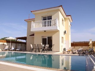 Golden Sands villa - 4 bedroom villa, Nissi Beach
