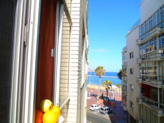 10 sec from beach with breakfast, Las Palmas de Gran Canaria