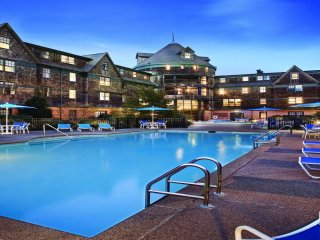 Wyndham Long Wharf Water Front Resort!