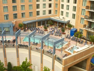 Luxurious 3 Bed wyndham National Harbor, 2 pools & more