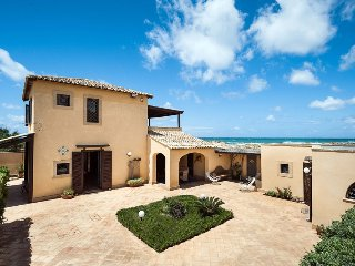 Villa Alto Marsala Sicily holiday villa for rent, vacation rental Sicily, Marsal