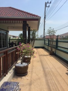 4 bed pool villa