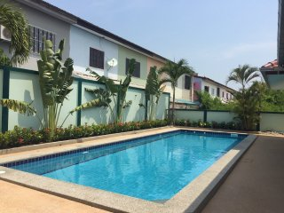4 bed pool villa