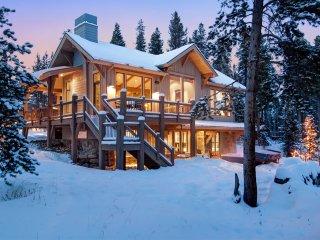 Sunrise Ski Haus