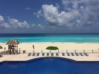 3 Bedroom Ocean Front Property, Cancun