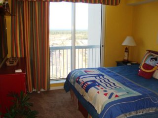 Vacation Rentals Silver Beach Towers E-1603, Destin