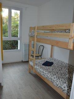 bedroom 3 beds 90X200