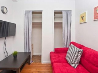 Furnished 2-Bedroom Apartment at 3rd Ave & E 32nd St New York, Ciudad de Long Island
