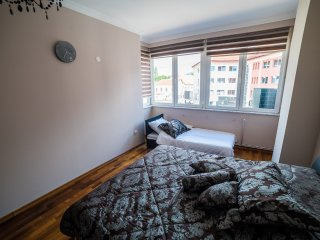Suite Donna 2, Bihac