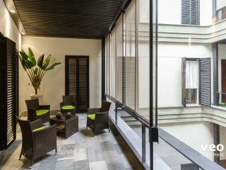 Corral Rey 4. 2 bedrooms, 2 bathrooms, balcony, Sevilla