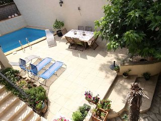 Amandier French gite for rent with pool - 461, Neffies