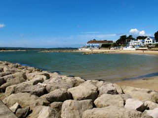 The Perfect Sandbanks Retreat, Bournemouth