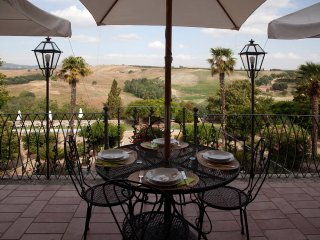 4BDR Historic villa in the Crete Senesi ,walking to a village: view,pool,garden