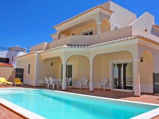 Holiday villa with pool, Carvoeiro