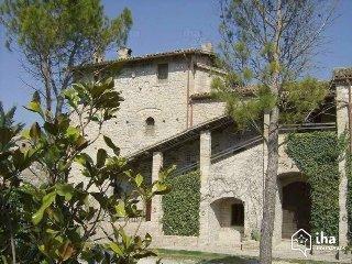 SUITE DUKE FEDERICO antique country hunting lodge, Urbino
