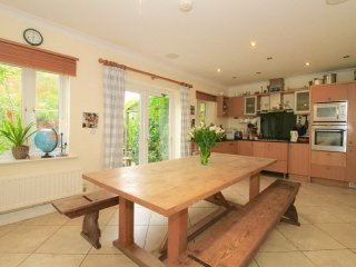 Spacious 6 Bed 5 Bath Central Oxford House