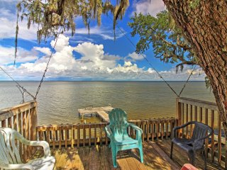 NEW! 3BR Santa Rosa Beach House w/Dock & Fire Pit