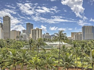 Honolulu Waikiki Studio Close to The Beach!