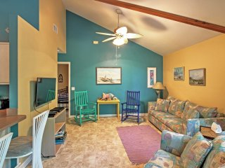 NEW! 2BR Santa Rosa Beach House w/Bay Views!